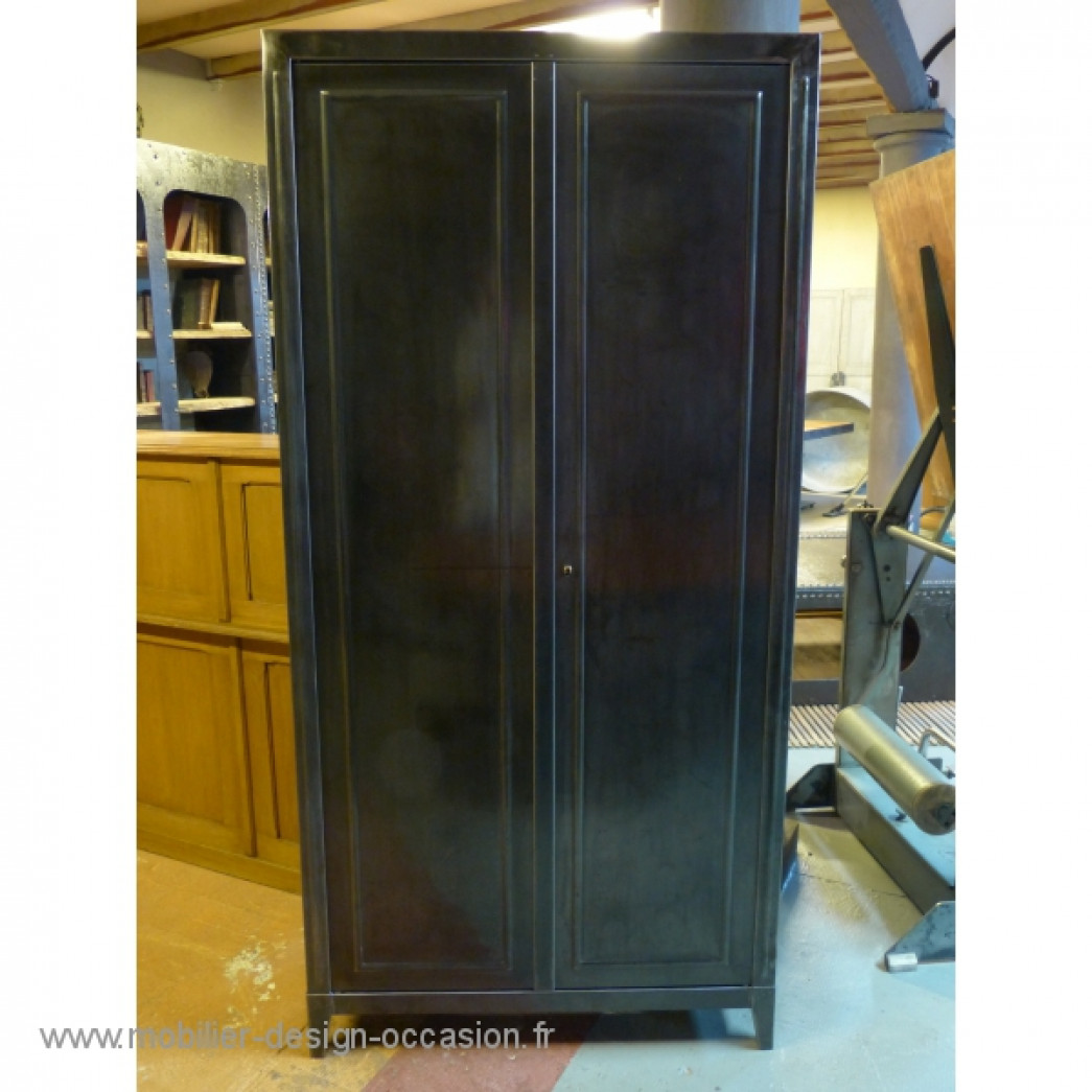 armoire en metal ancienne 2 portes. Black Bedroom Furniture Sets. Home Design Ideas
