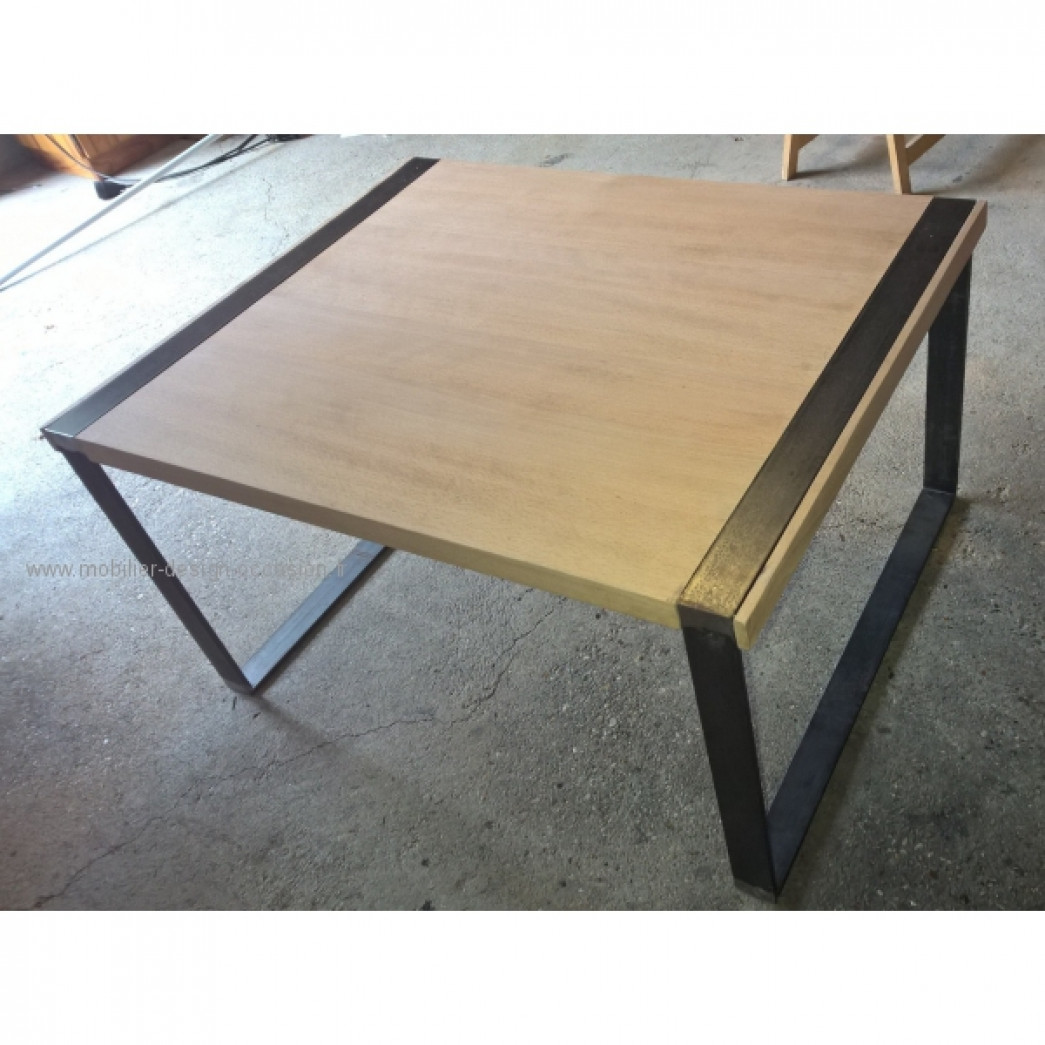 Table basse acier bois massif design artisanat stoll for Table bois massif design