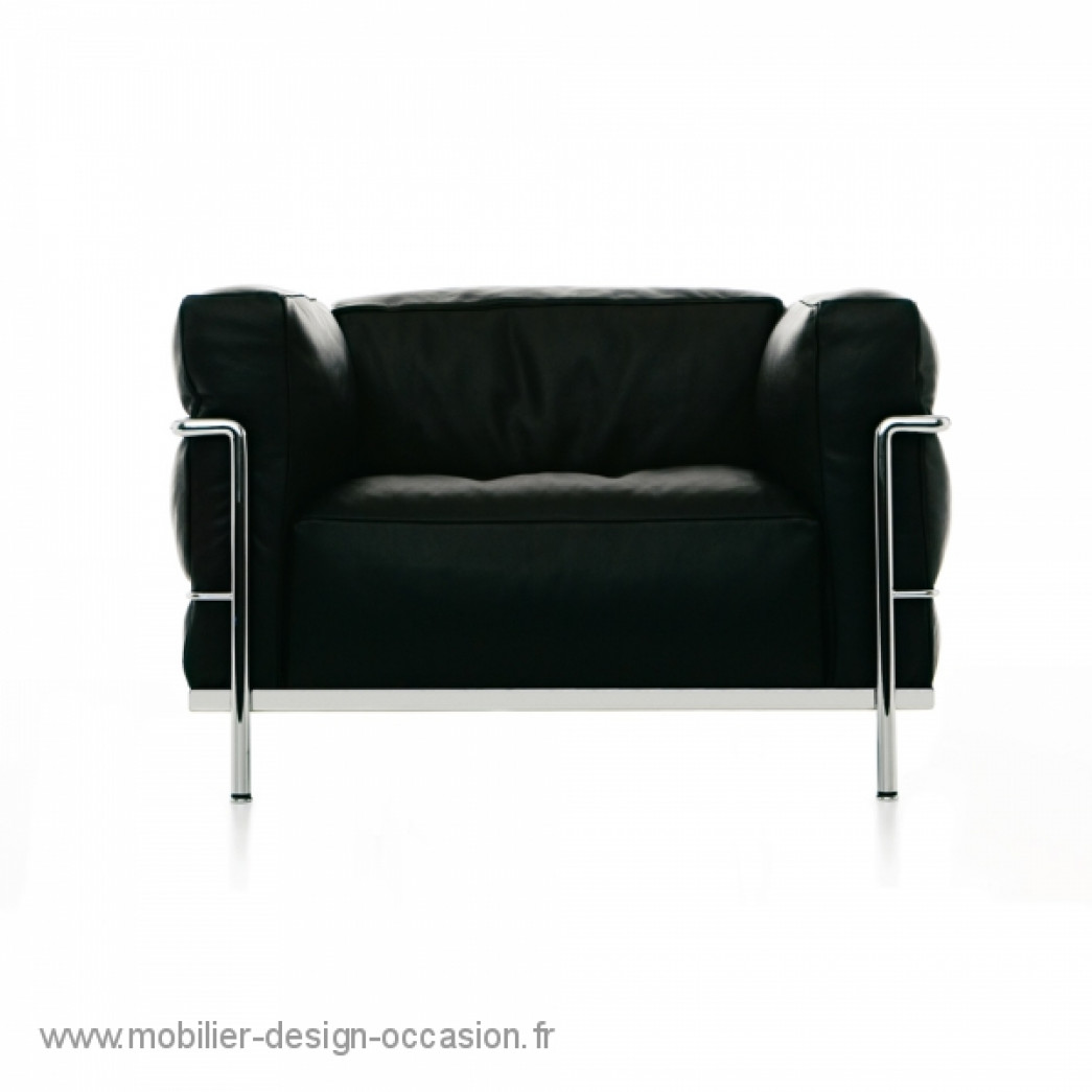 lc2 cassina original cassina le corbusier. Black Bedroom Furniture Sets. Home Design Ideas