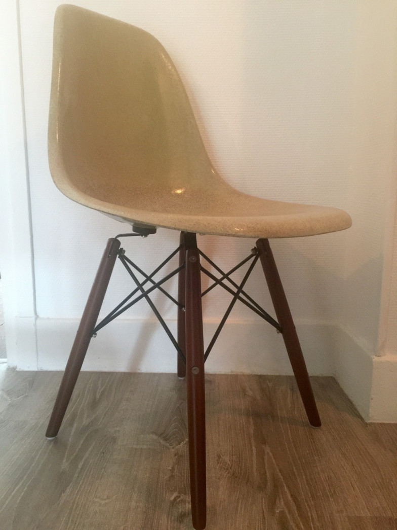 Dsw eames herman miller charles ray eames for Charles eames prix