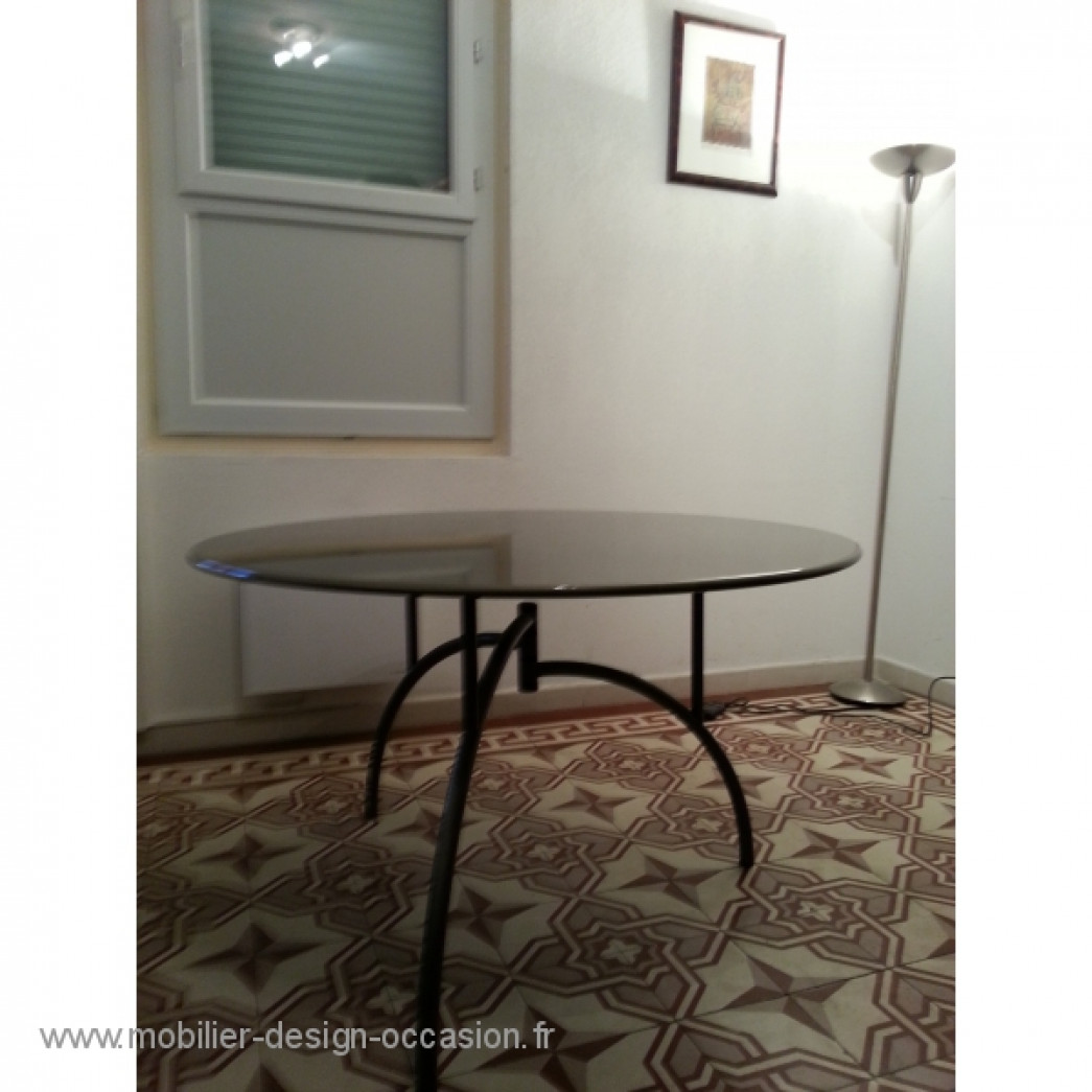 Table circulaire PHILIPPE STARCK  modèle Tippy Jackson,Philippe STARCK