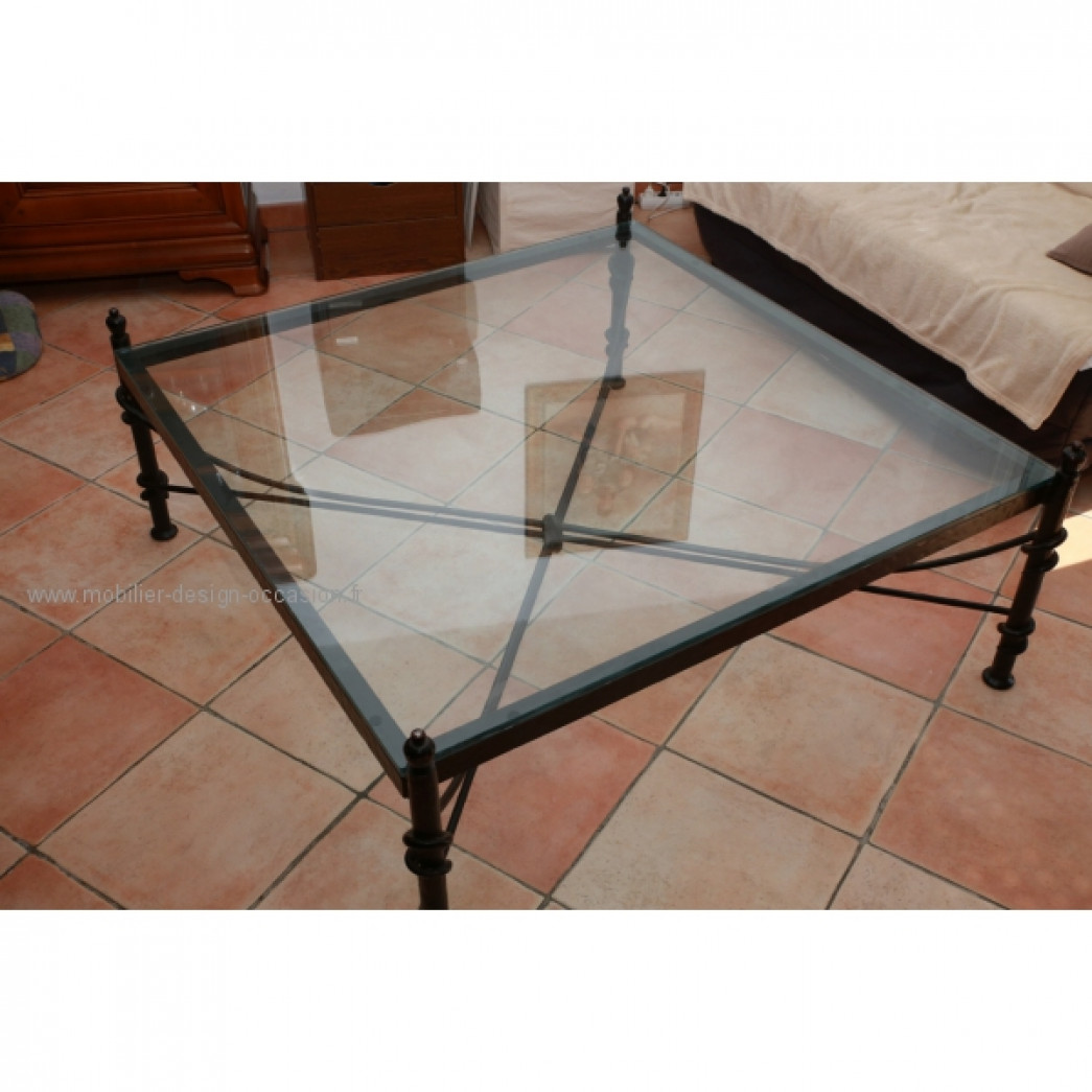 Table basse de salon verre et fer forge for Table fer forge plateau verre