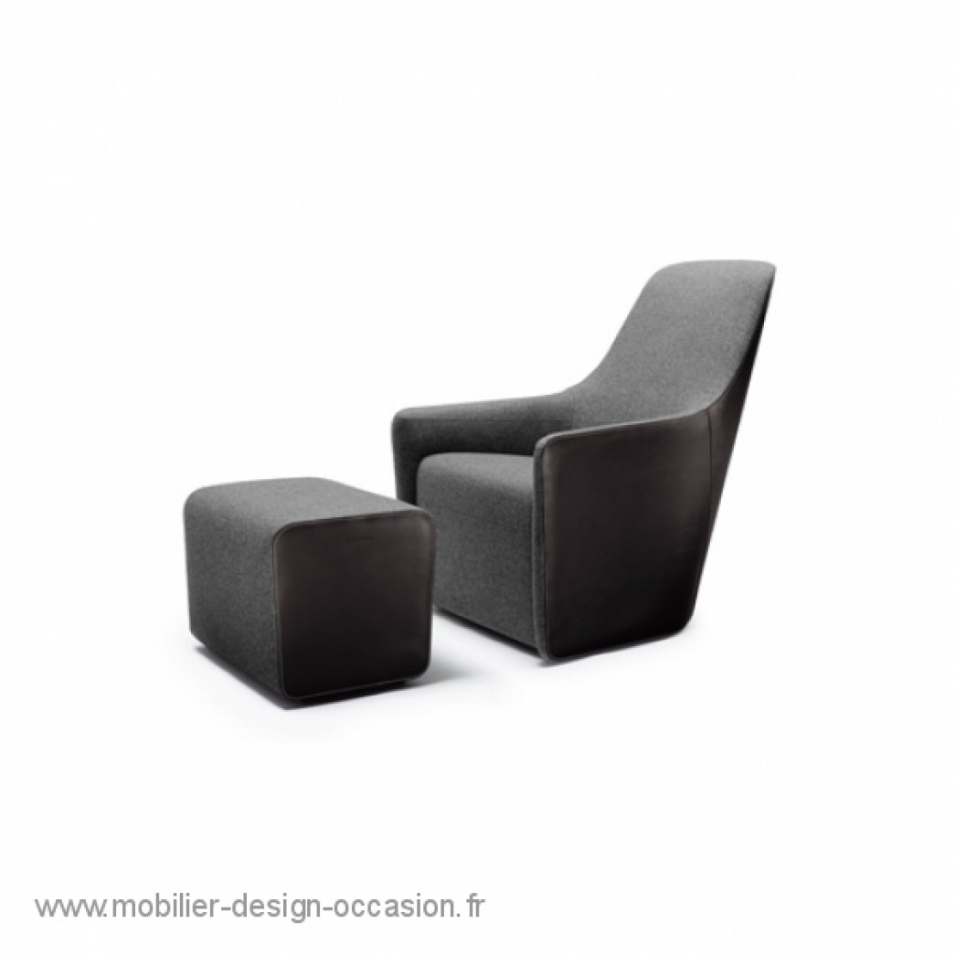 foster 520 fauteuil avec son pouf walter knoll norman foster. Black Bedroom Furniture Sets. Home Design Ideas