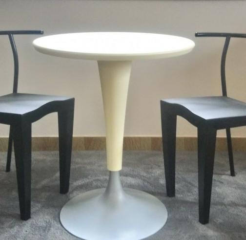 Table - Table d'appoint