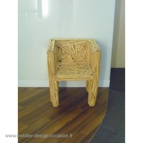 Favela chair