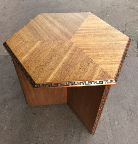 Frank Lloyd Wright- Table d'appoint