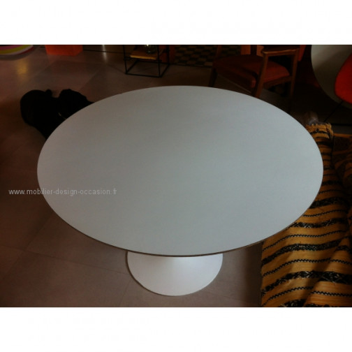 Table ronde 107 pied Tulipe Design. Eero Saarinen