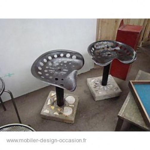 2 TABOURETS ASSISE TRACTEUR(3)
