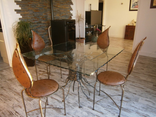 TABLE BIJOU + 4 CHAISES INES