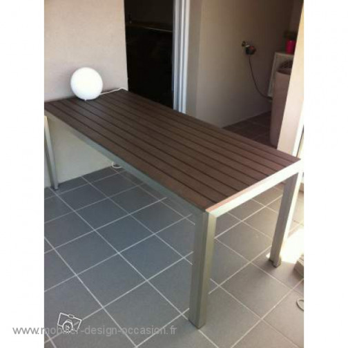 TABLE EXTERIEUR INOX DESIGN